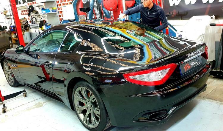 Maserati GRANTURISMO pose en cour du Traitement céramique hydrophobe RM performance  Traitement céramique 62, attin, Montreuil sur mer , attin , le touquet , Berck